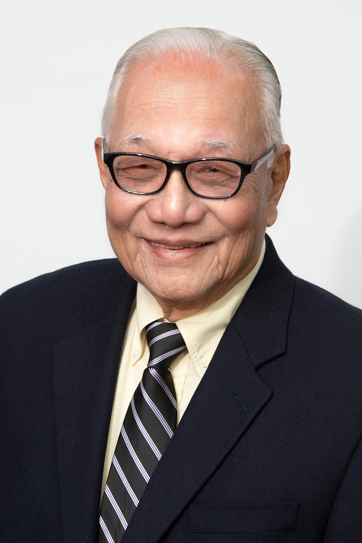 Dr. Virgilio Gonzalez